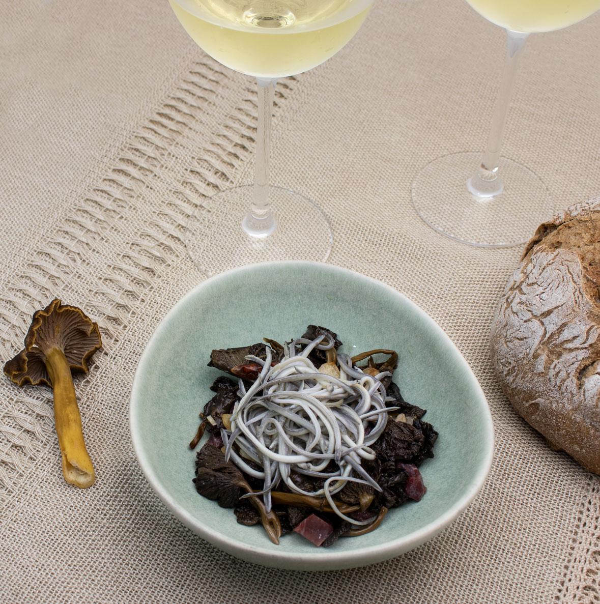 receta de angulas con seetas cantharellus